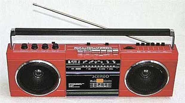 Магнитофон «Рига-310».