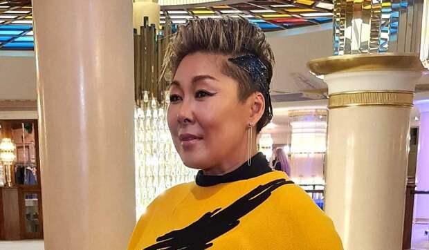 Оставь свои деньги себе: миллионерша Цой уже год не видела сбежавшего из родного дома сына