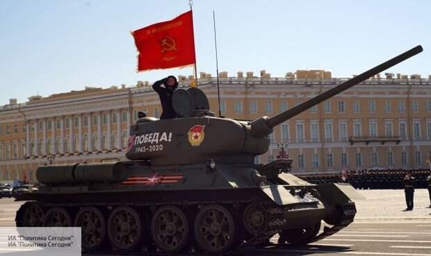 «Эти танки - легенда оборонки»: Перенджиев рассказал, почему на Парад в Москве вывели Т-34
