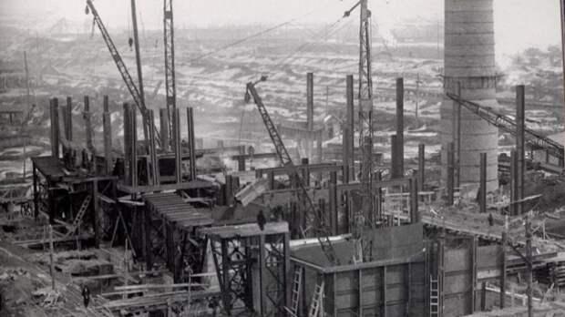 Почему американцы помогли индустриализации СССР