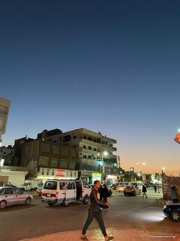 20-летняя девушка честно рассказала, как летала одна отдыхать в арабскую страну