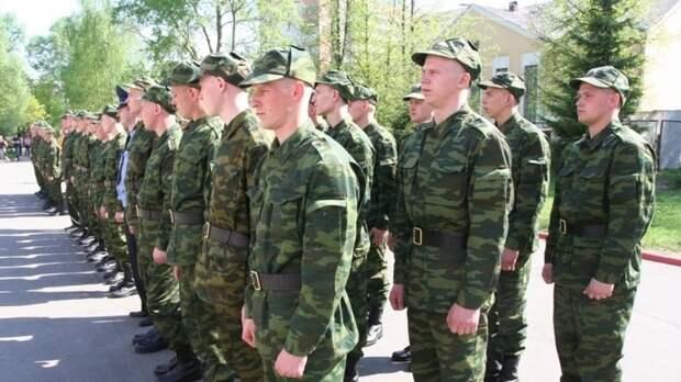 Более 3000 человек были направлены на военную службу по контракту ЗВО в 2021 году