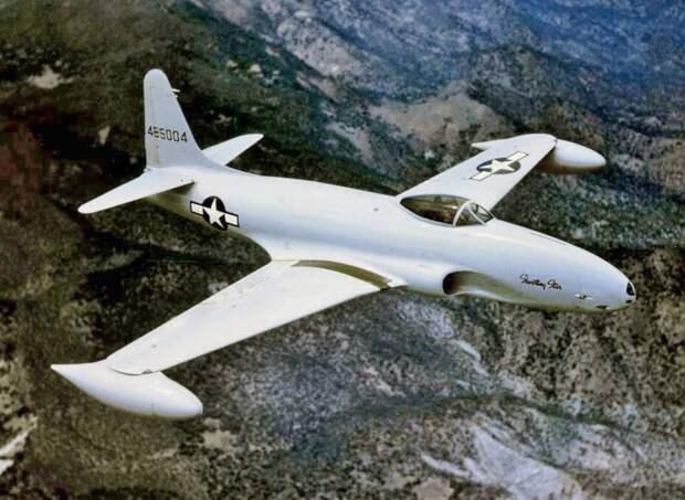 Инцидент на Сухой Речке: 70 лет американской бомбардировке советского аэродрома