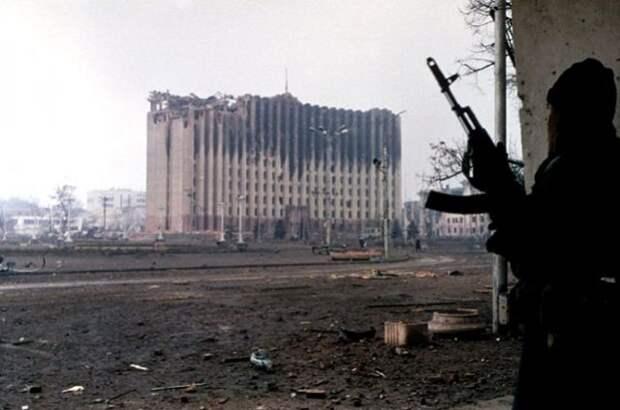 Уже значительно разрушенный боями Грозный оказался в эпицентре новой военной кампании.
