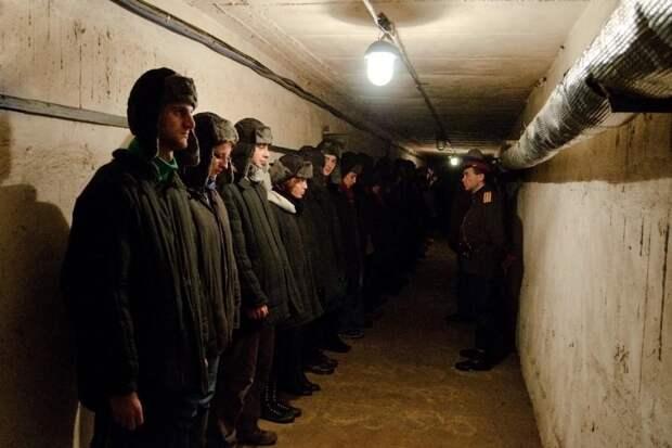 Тоталитарный аттракцион в советском бункере в Литве