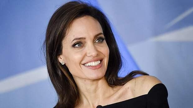 «Ситуация изменилась»: Анджелина Джоли рассказала о влиянии развода на карьеру