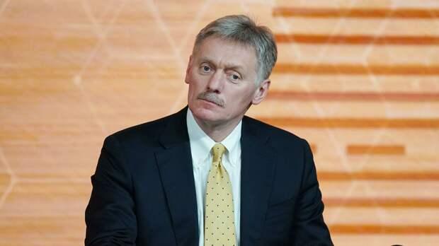 Песков объяснил отсутствие у Путина звания генерала