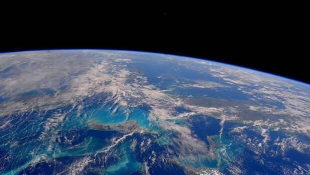 Планета Земля снятая с МКС астронавтом NASA Тимоти Копра. Архивное фото