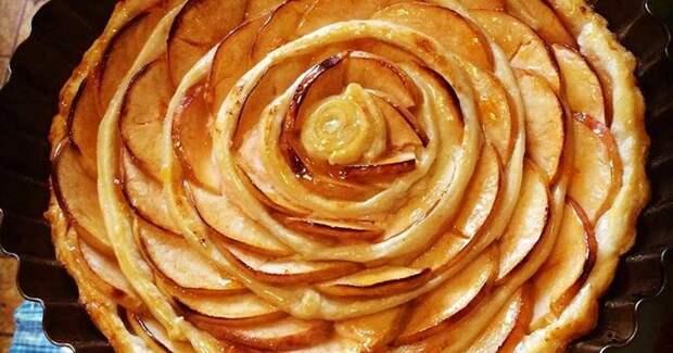 У меня есть яблочные пироги на все случаи жизни. Рассказываю еще один рецепт