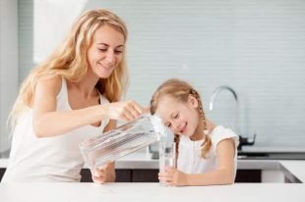 Живительная сила. Как правильно выбирать питьевую воду?