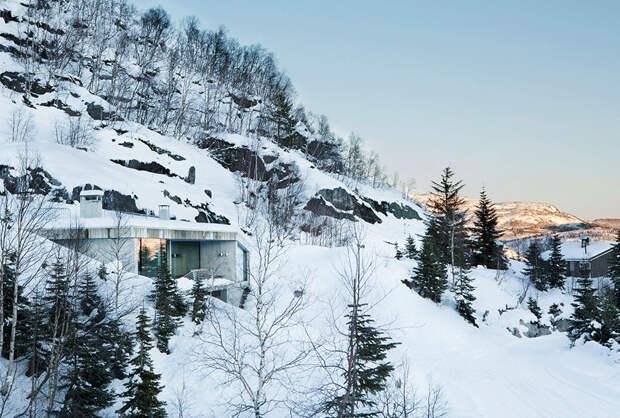 Современный горный домик в индустриальном стиле в Норвегии