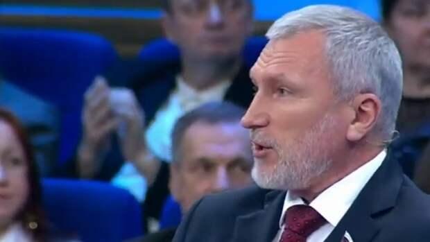 Алексей Журавлев пообещал псковским жителям помочь решить их проблемы