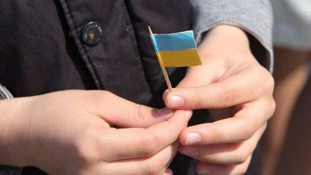 Русская украинка призвала запретить украинский язык и возмутила радикалов