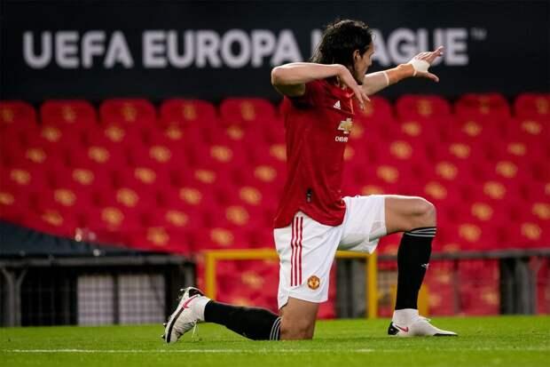 Источник: Кавани склоняется к продлению контракта с «Манчестер Юнайтед»