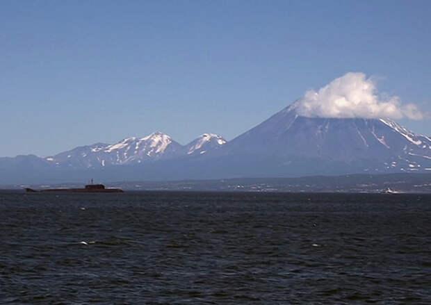 Военные строители, возводящие объекты базирования подводных сил ТОФ на Камчатке, выпустили в реку Паратунка более 2 млн мальков лосося