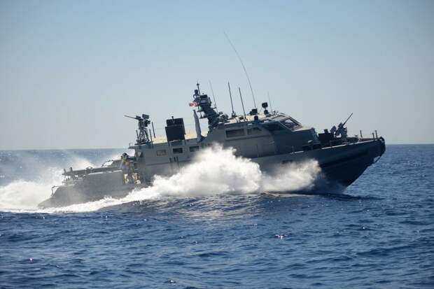 США продадут дорогие и бесполезные катера Украине
