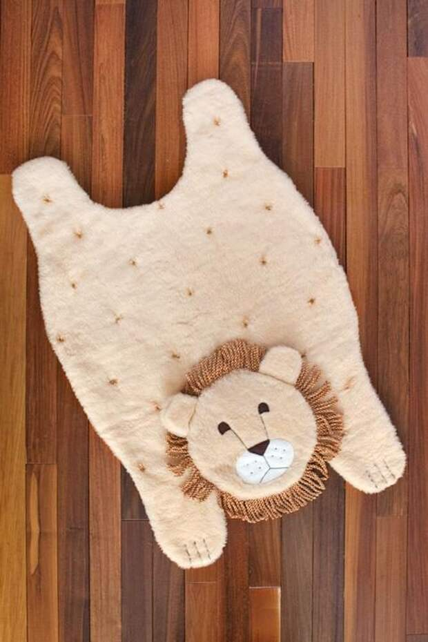 Оригинальный коврик в детскую своими руками