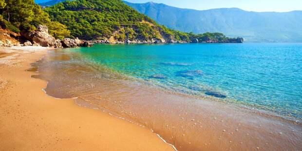 Турция открывает пляжи с новыми правилами