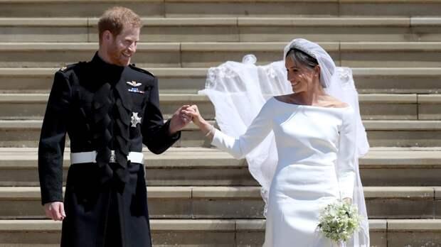 """Принца Гарри уличили в """"измене"""" Меган Маркл в ночь перед свадьбой"""