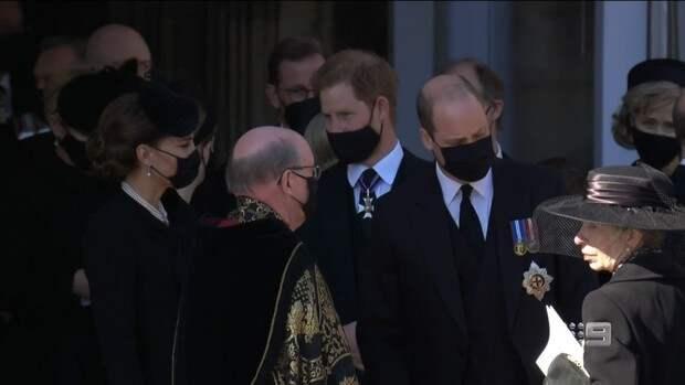 Как это мило: Кейт Миддлтон и принц Гарри провели время за дружеской беседой