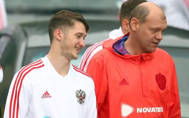 Актер Никита Ефремов назвал любимого игрока в сборной России