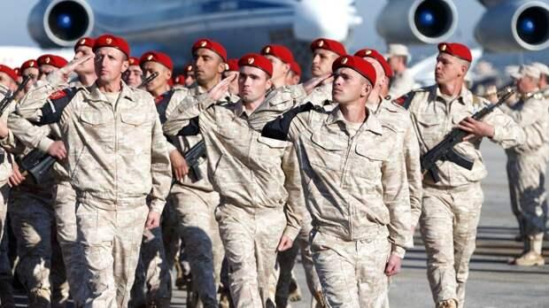 Военнослужащие ВС РФ в Сирии провели парад в честь 76-летия Победы в ВОВ
