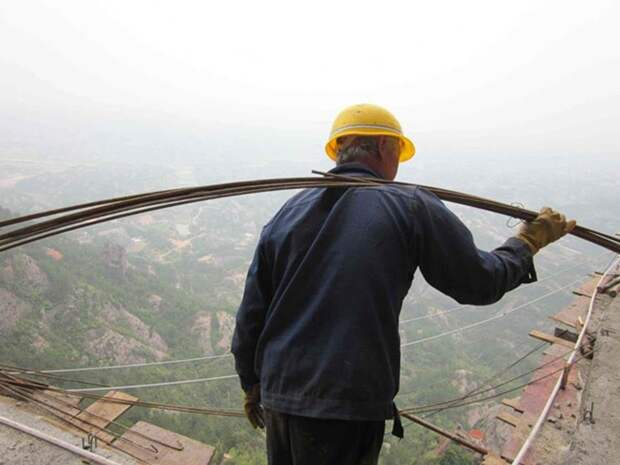 Как строят экскурсионные дороги в горном Китае
