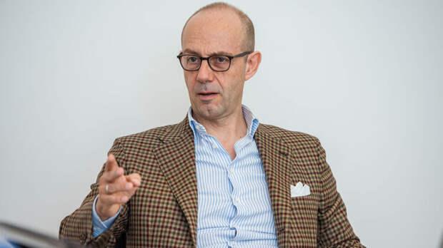 Финансист Джованни Сальветти рассказал о проблемах Украины, фото: Изым Каумбаев,