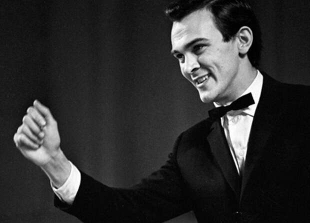 «Мелодия» почтила память Муслима Магомаева виниловой пластинкой с его песнями