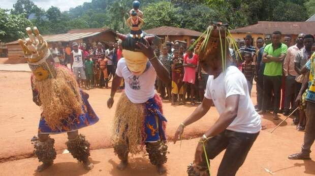 Убанг – уникальная деревня в Нигерии, где мужчины и женщины говорят на разных языках