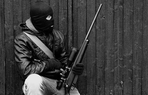 В Пензе задержали школьника, планировавшего теракт с ружьем