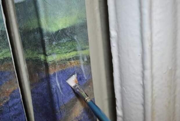 Как при помощи обычной салфетки и клея ПВА превратить батарею в произведение искусства