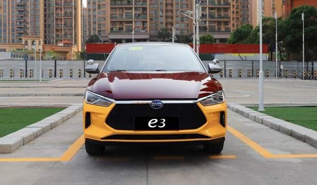 Выпущена версия электромобиля BYD e3 специально для автошкол