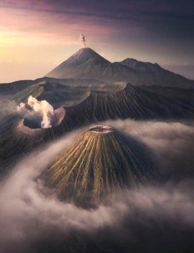 Национальный парк вулкана Бромо, Индонезия. Фото: Тони Ванг.