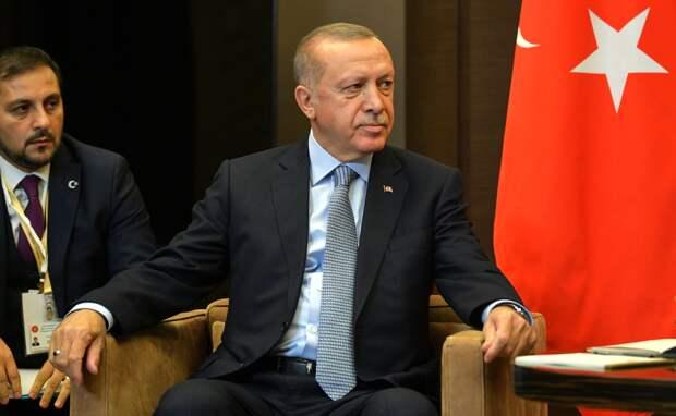 Le Figaro: зачем Эрдоган раздувает конфликт в Карабахе?