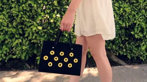 Готовимся к тёплому сезону: яркие подсолнухи для босоножек и сумочки