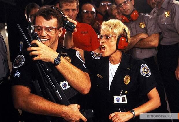 """Интересные факты из фильма """"Полицейская академия"""" академия, голливуд, кино, полицейская, факты"""