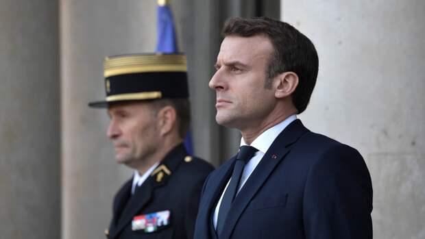 Президент Франции Макрон приветствовал проведение саммита Россия — США
