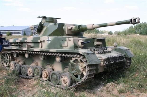 На восточном фронте танки камуфлировали. /Фото: yandex.ru.