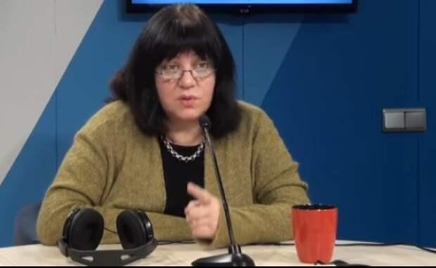 Толстая: Жириновский - созданное КГБ чудовище, чтобы запачкать либералов и демократов