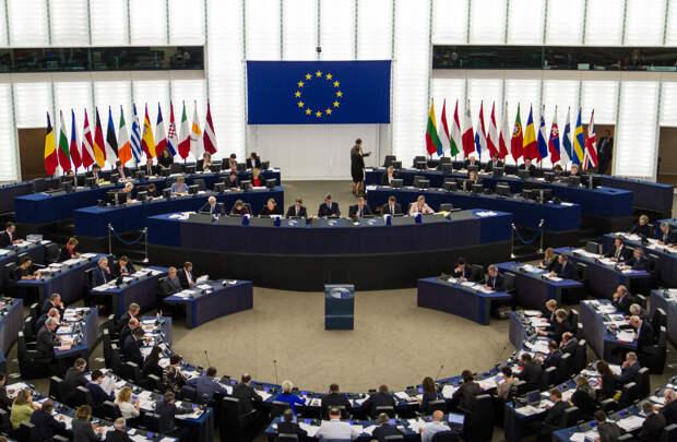 Евросовет выступил с критикой в адрес России, после оглашения списка недружественных государств
