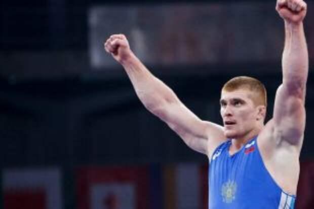 Борец Евлоев принес России тринадцатое золото на ОИ