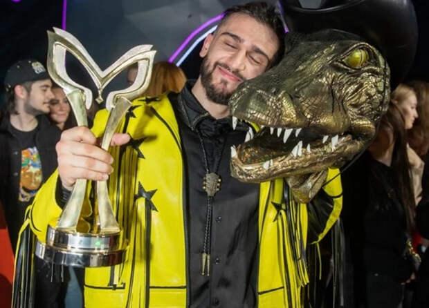 """Финал шоу """"Маска"""": JONY в образе Крокодила перепел и Бадрутдинова, и Эйвазова"""