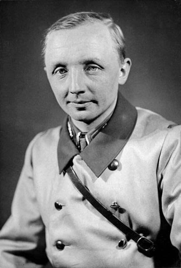 Йоханн фон Леерс после Второй мировой войны работал в службе госбезопасности Египта
