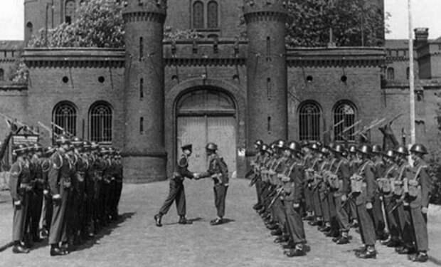 Тюрьма для одного узника: жизнь сидельца Шпандау