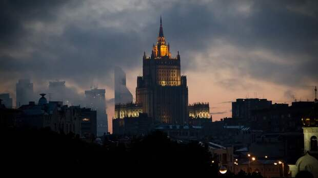 МИД России указал на внешнее давление на Чехию в ситуации с дипломатами