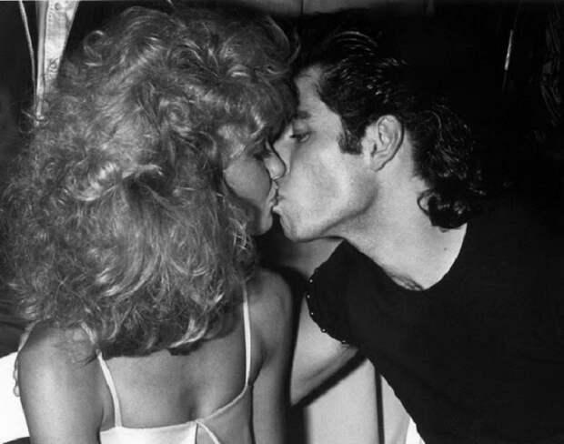 Без глянца: 28 забавных неформальных фотографий из жизни знаменитых пар
