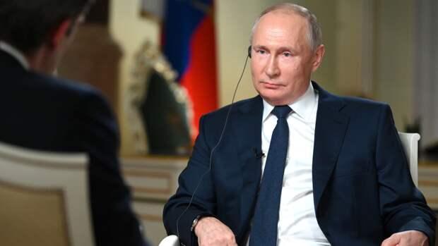Политолог предположил причины использования Путиным цитат и аллегорий