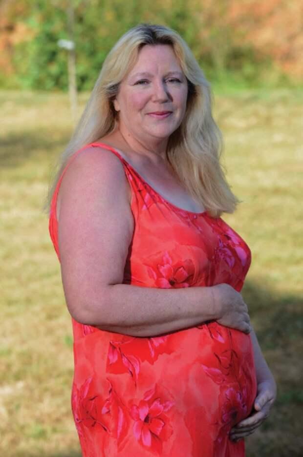 52-летняя «профессиональная» суррогатная мать собирается родить в 16-ый раз