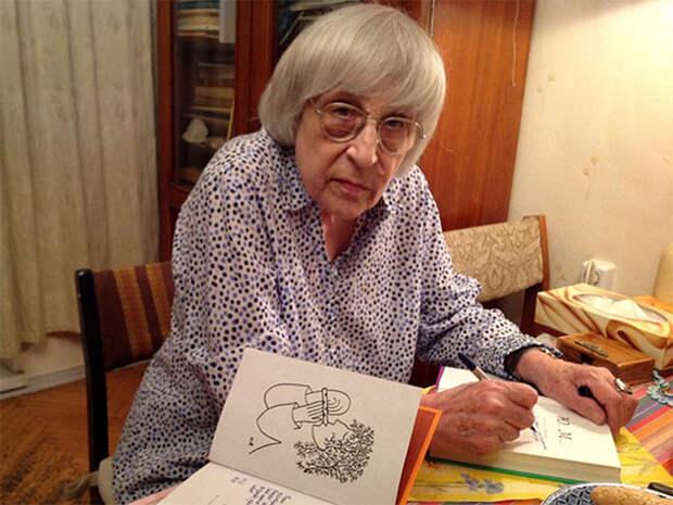 Русское начало её ожесточало. Юнна Мориц посвятила стихи Алексиевич, оправдавшей убийц Бузины